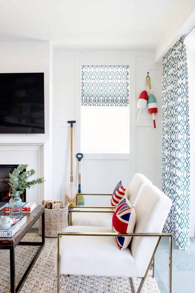 cozy beach themed livingroom
